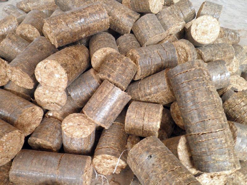 Grijanje drvenim briketima